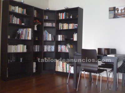 Tabl n de anuncios com vendo estanter a billy ikea por for Muebles billy ikea
