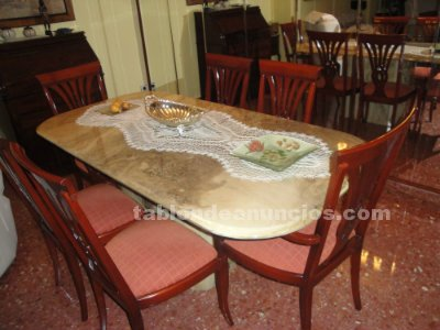 Tabl n de anuncios mesa de comedor de marmol y sillas for Vendo marmol travertino