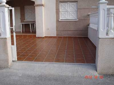 Bungalow nuevo con terraza