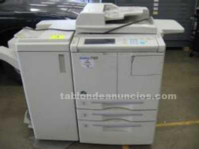 Impresora laser b/n konica 7155