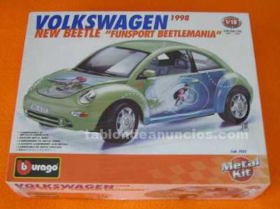 Volkswagen new beetle funsport. Kit bburago 1:18