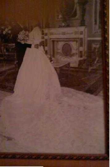 Vendo vestido de novia con cancan