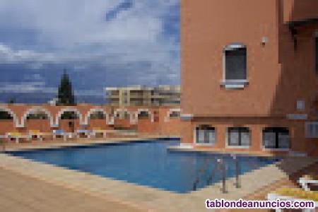 Playa roquetas de mar (almería) piscina, wifi