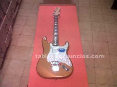 Guitarra eléctrica fender deluxe powerhouse strat