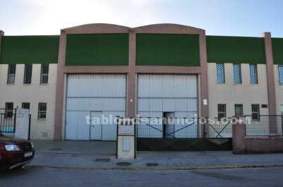 Nave industrial 1.200 m2