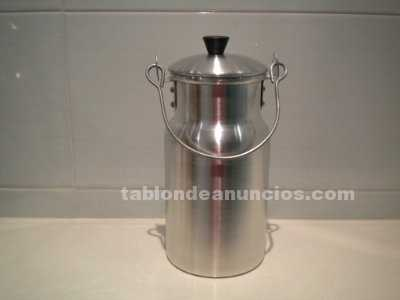 Lechera metálica de 1 litro