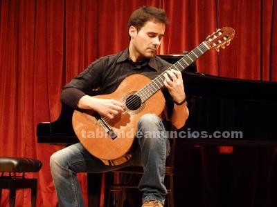Clases de guitarra clásica y eléctrica, lenguaje musical y armonía (solfeo)