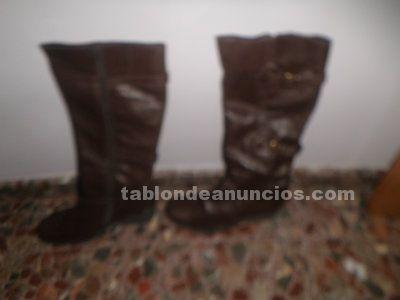 Botas de mujer de piel a estrenar, talla 41 por 12 euros