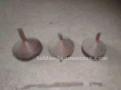 Embudos antiguos de cobre para decoración (3) por 35 euros