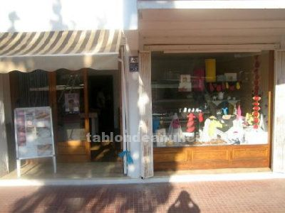 Se vende local comercial cala blanca