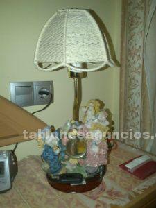 Lámpara artesana de mesita