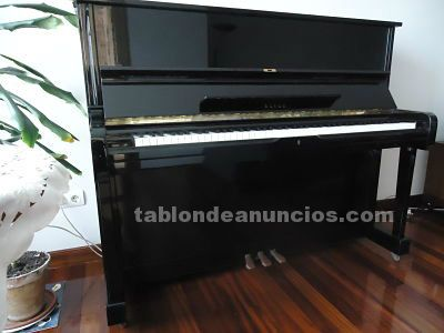 Vendo piano de pared impecable