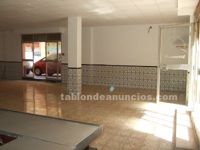 Se vende local comercial en paterna