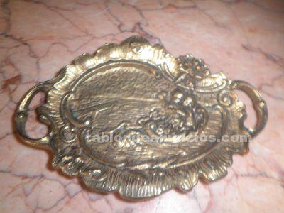Cenicero de bronce antiguo para decoración por 18 euros
