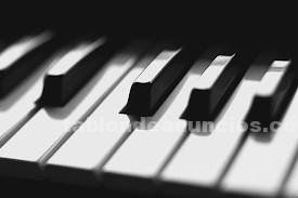 Clases particulares piano, lenguaje musical y música y movimiento. Ferrol-narón