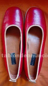 Zapatos escarpines de la marca mogambo