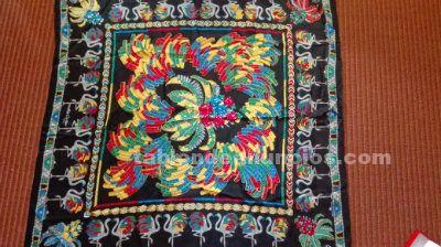 Maxi foulard de seda must de cartier
