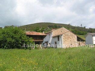 Casa cuadra piedra, horreo las regueras
