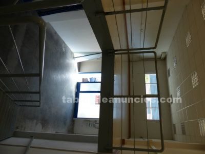 Local comercial en alquiler en poligono juncaril