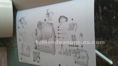 Robot de cocina con multiples funciones y accesorios