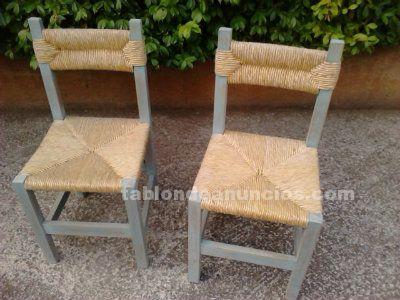 Pareja de sillas de enea