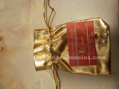 Tabl n de anuncios com pendientes y cadenas regalo con for Muebles de segunda mano valencia particulares