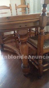 Mesa de madera ovalada con marmol+ sillas