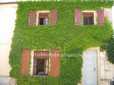 Vendo casa con jardín en hoyales de roa (burgos) - ribera del duero