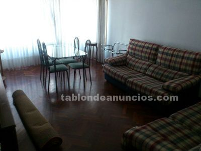 Room available in coruña, near the university