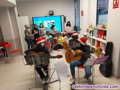 Mundo world pamplona guitarra