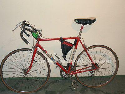 Vendo bicicleta  de carretera.