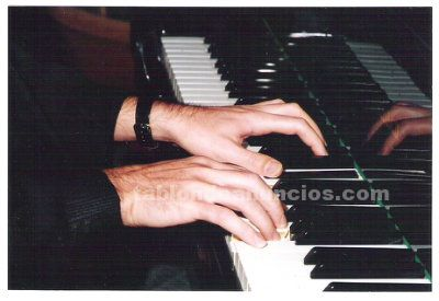 Classes de piano a domicili a sitges