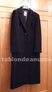 OPORTUNIDAD 2X1. AHORRA 70€. Abrigo negro pura lana virgen. Talla 44.