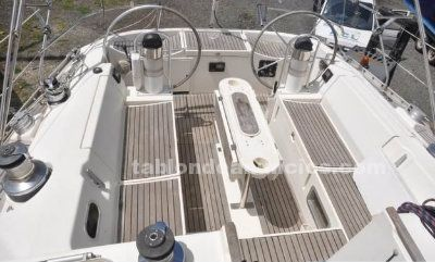 Alquiler de veleros, vacaciones en velero, buceo y ecoturismo.
