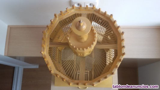 Jaula artesanal (torre del oro)