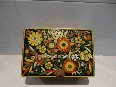 Caja Cola Cao edición mosaico de flores