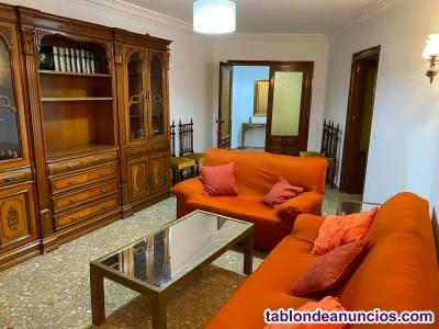 ALQUILER  PISO  Estepona  Empresas 1.425 € , 6 camas .4 HAB. 2 B