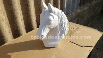 Escultura de caballo piedra artificial