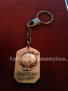Llavero vintage naranjito color cobre 1982 impecable