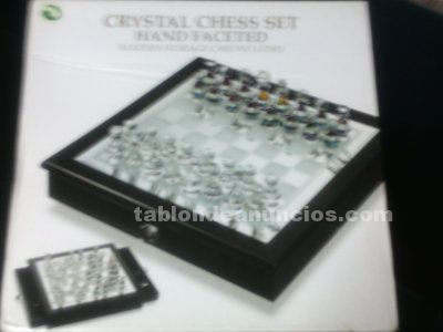 Crystal chess set hand facetted