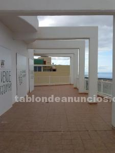 Venta de local con hrandes vistas haci playa paraiso