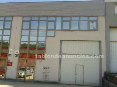 Nave comercial