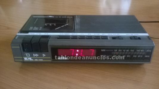Radio despertador y cassete