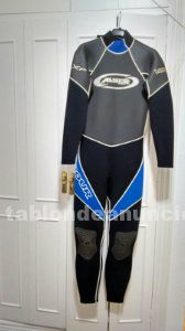 Vendo traje de surf, wind surf o kite surf y escarpines