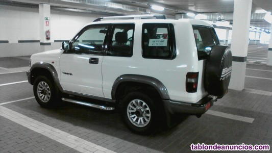 Isuzu trooper 3.0 3p drs