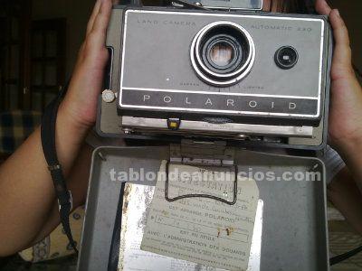 Cámara polaroid años 60