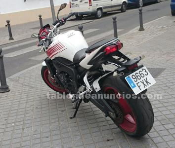 VENDO MOTO EN PERFECTO ESTADO