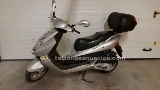 KYMCO, VENDO MOTO SCOOTER BET AMP;WIN 125CC