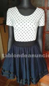 Bonita falda con vuelo para vestir