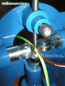 Maquina pelacables manual